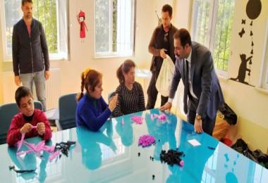 Başkan Geylani, özel çocukları ziyaret etti