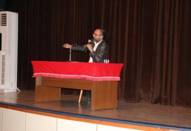 Yazar Sinan Yağmur Hizan'da konferans verdi