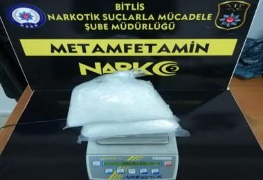 Bitlis'te 1 kilo 888 gram uyuşturucu madde ele geçirildi