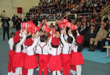 Bitlis'te 23 Nisan kutlaması yapıldı