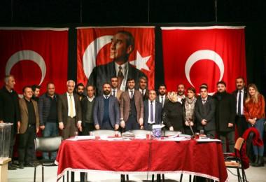 Bitlis Kent Konseyi Başkanlığına Cevat Kaya seçildi