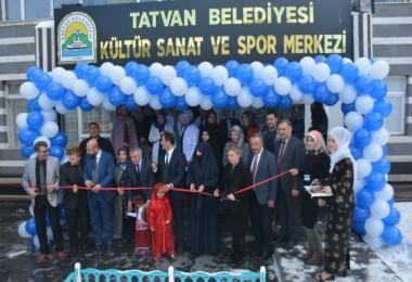 Tatvan Belediyesi Kültür Sanat ve Spor Merkezi açılışı yapıldı