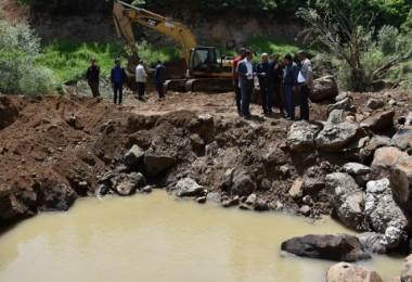 Tatvan'da su kaynağı çöktü 3 mahalle susuz kaldı