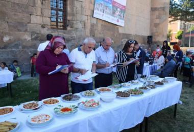 Bitlis'te bayanlar jüriyi zorladı
