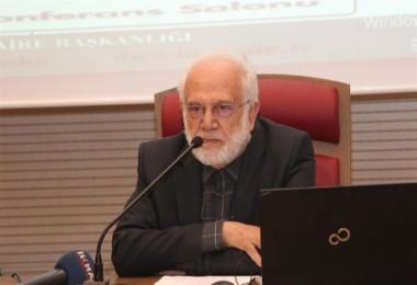 Sırma, Endülüs'te herkesin milliyetçi, ırkçı bir bünyeye girdiği için çöktüğüne dikkat çekti
