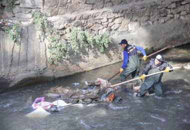 Bitlis'te dere temizliği çalışmaları aralıksız devam ediyor