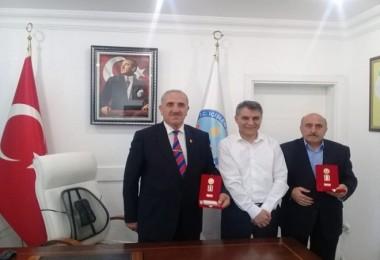Gaziler Kaymakam Özkan'ı ziyaret etti