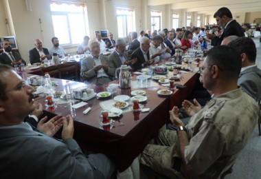 Bitlis'te bayramlaşma programı düzenlendi