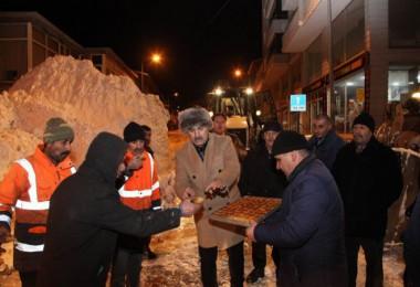 Ahlat'ta kar temizleme çalışmaları
