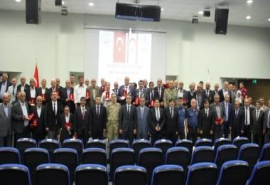 Bitlis'te Kıbrıs gazilerine Milli Mücadele Madalyası verildi