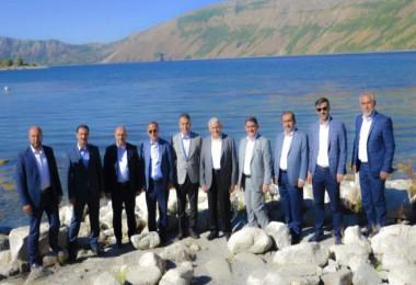 Binali Yıldırım, Nemrut Krater Gölü ve Tatvan ilçe merkezini ziyaret etti