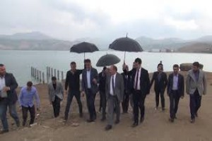 Vali Ustaoğlu, Tatvan'da yapılan çalışmaları inceledi