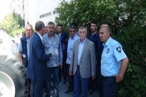Tatvan Belediyesi VEDAŞ binasını mühürledi - Bitlis Bülten