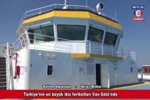 Türkiye'nin en büyük ikiz feribotları Van Gölü'nde