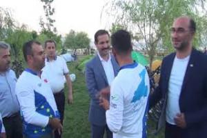 81 ilin gönüllüleri Van Gölü için pedal sallıyor - Bitlis Bülten