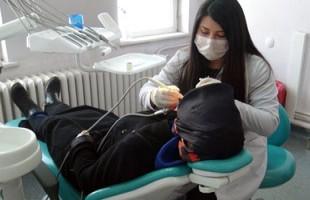 Tatvan Devlet Hastanesi Diş Tedavi ve Protez Merkezi'nde günlük 200 hastaya hizmet veriliyor