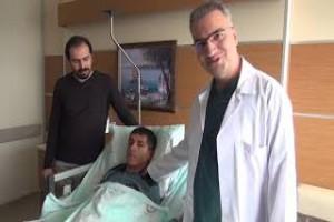 Kapalı olan gözü 23 yıl sonra yapılan ameliyatla açıldı - Bitlis Bülten